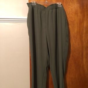 Olive large  pull on pants